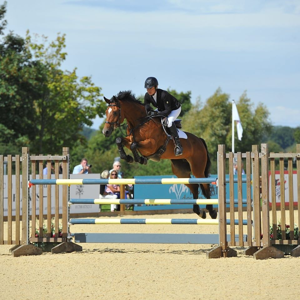 Groom/Rider - Competition Yard (811)